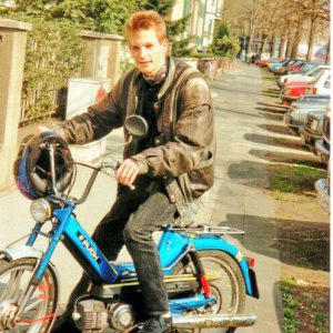 Nico Rose   Moped